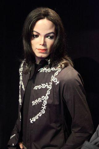 Michael-jackson-11282050820W7kz