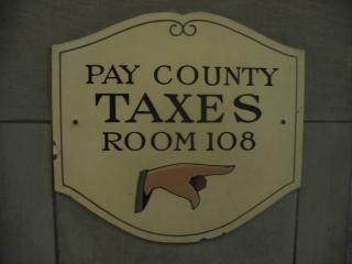 Pay-taxes-1445374
